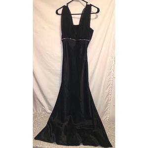 FIESTA Black Prom Dress